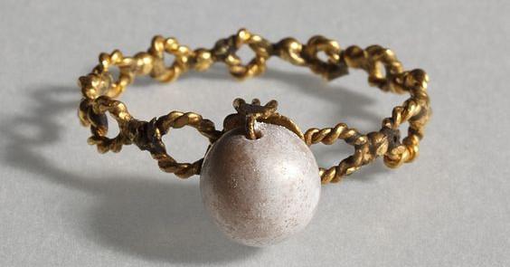 pierścionek złoty rzymski