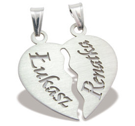 Silver pendant with names WEC-SERCE-1D