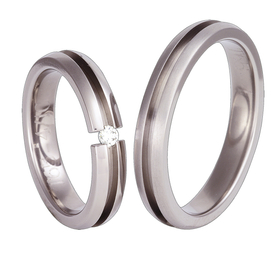 Titanium wedding ring with a cubic zirconia SWT-65/4-k