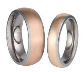 Titanium wedding ring with red gold SWTRG-57/5,5-k