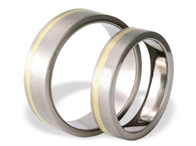Titanium wedding ring with yellow gold SWTG-33/5-k