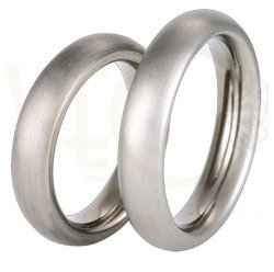 Pair of the titanium wedding rings SWT-36/5